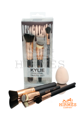 Набор кистей и спонж для макияжа Kylie Essential Travel Set