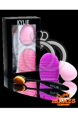Набор Kylie кисточка и спонжи для макияжа